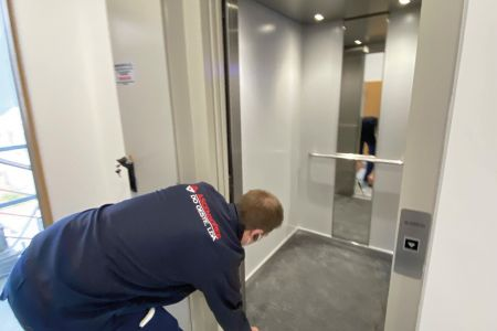 _ascensores-galeria-03.jpg
